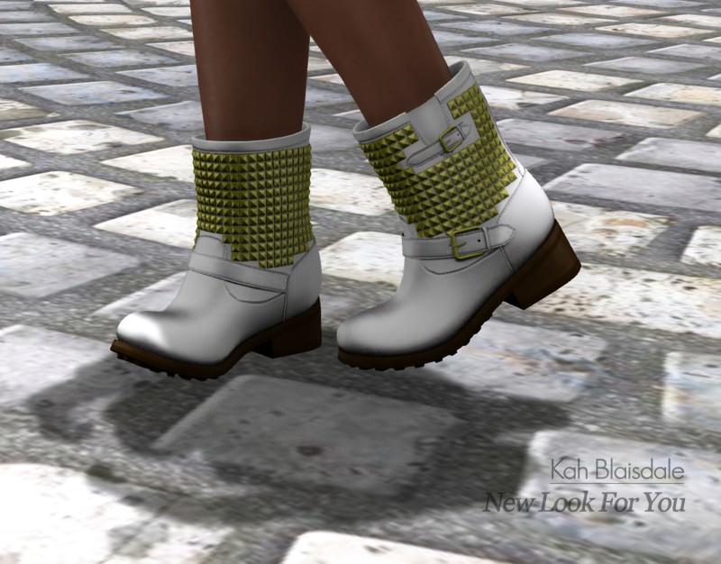 bootsDEW_look